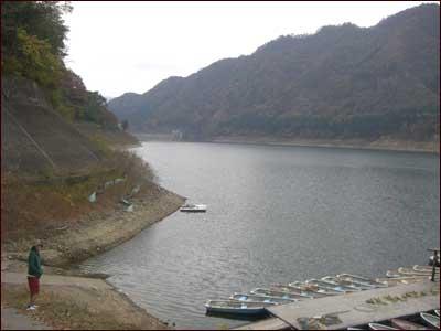 赤谷湖(相俣ダム)