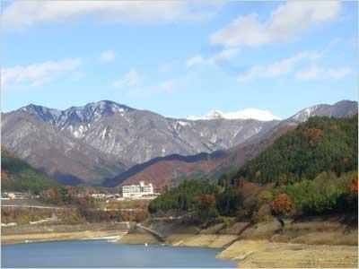 赤谷湖からの景色