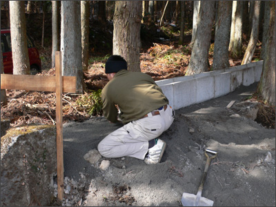 ホタル池の配管工事