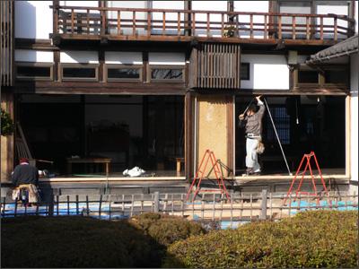 食堂窓枠工事