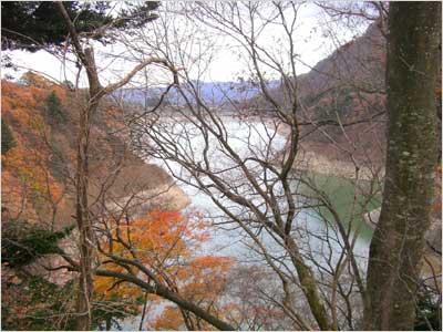 ガルニからの赤谷湖