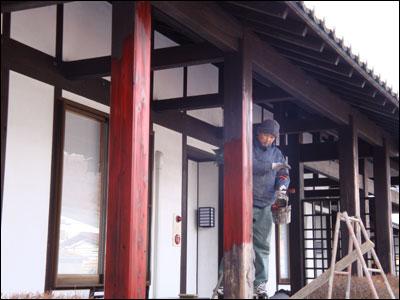 外柱の塗装